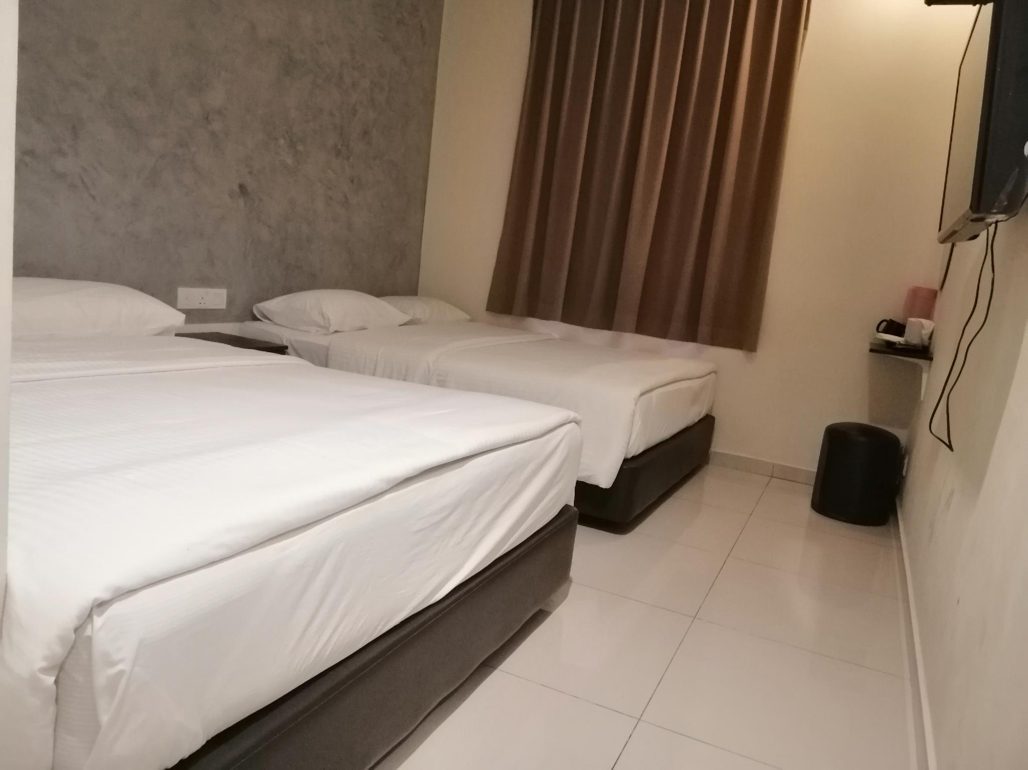 OYO 89810 In@Hotel Taman Gaya