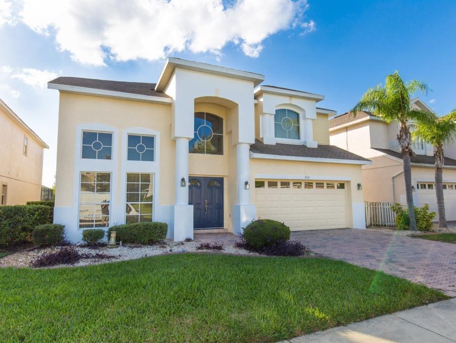 353 GLEN By Executive Villas Florida