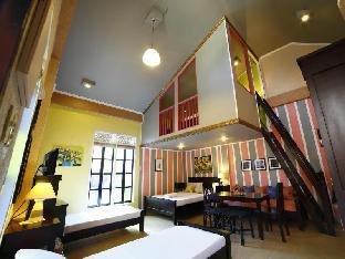 picture 2 of Purple Fountain Inn