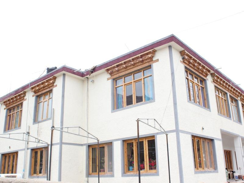 Shorkhan Guest House