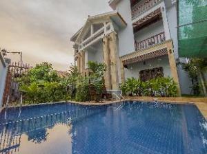 La Pax Residence