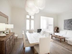 Luxury 4 Bedrooms and 3 Bathrooms Barcelona