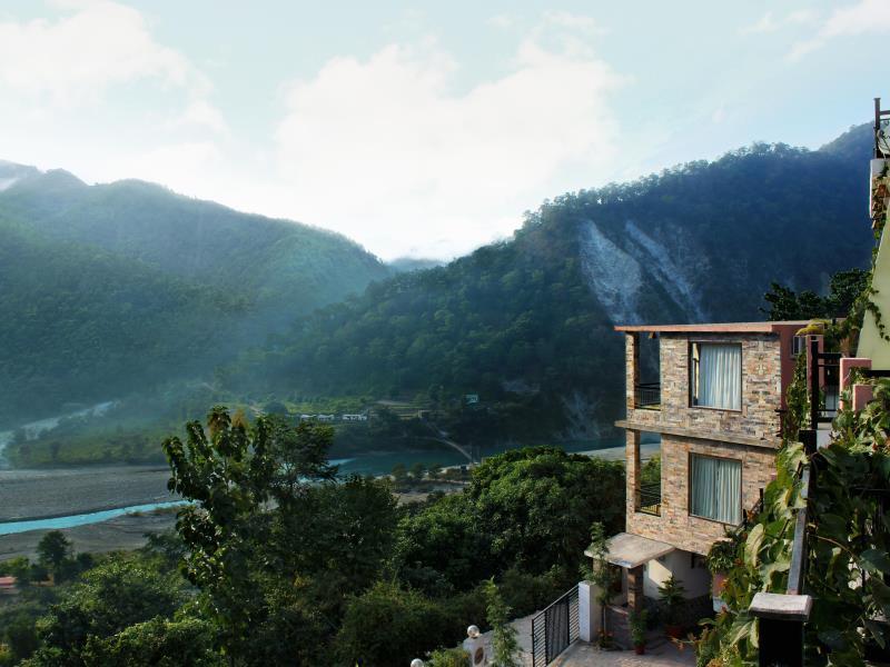 Saalvann Resort