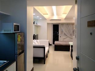 Фото отеля Unit 217 Tower 1 Wind Residences-Tagaytay