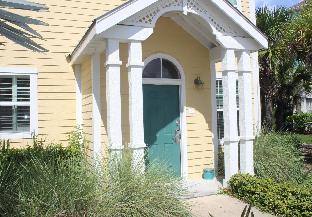 Runaway Beach Club Villa (9102)