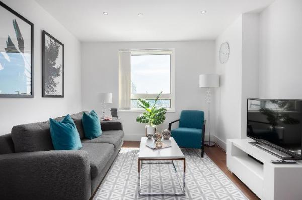 Lincoln Plaza Serviced Apartments- Canary Wharf London