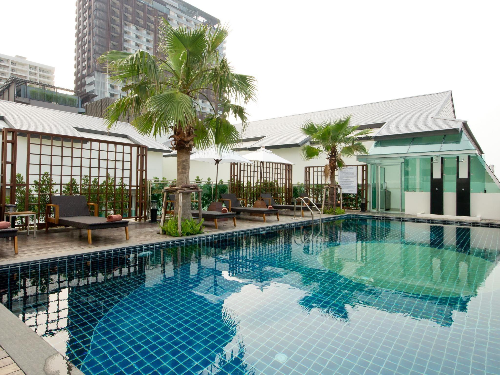Sunshine Hotel & Residences ซันไชน์ โฮเต็ล แอนด์ เรสซิเดนซ์