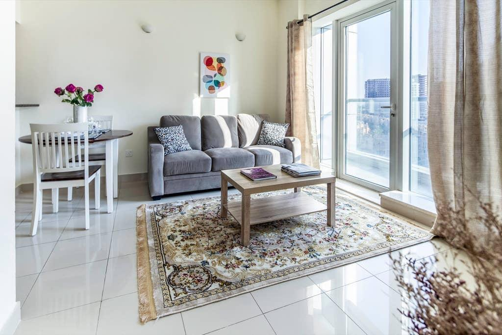 Lovely 1BR In Sports City With Golf Course Views