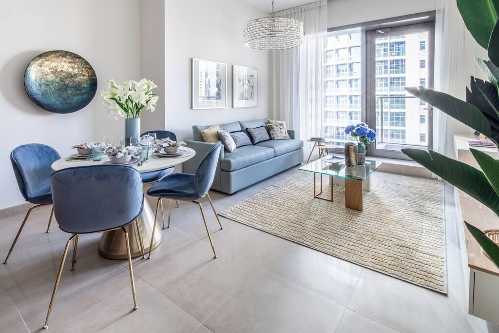 Modern And Classy 1BR Overlooking Marina