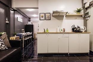 (T2) 2 Bedrooms 6 guests Full kitchen 1 min to BTS อพาร์ตเมนต์ 2 ห้องนอน 1 ห้องน้ำส่วนตัว ขนาด 42 ตร.ม. – ธนบุรี