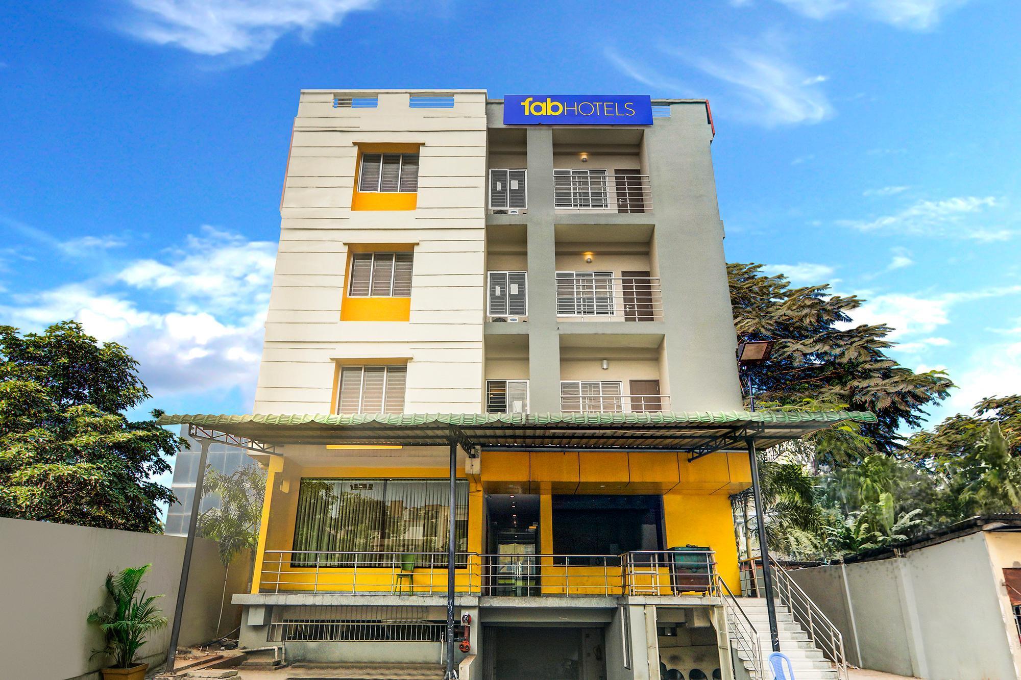 FabHotel Nirvana Lodge