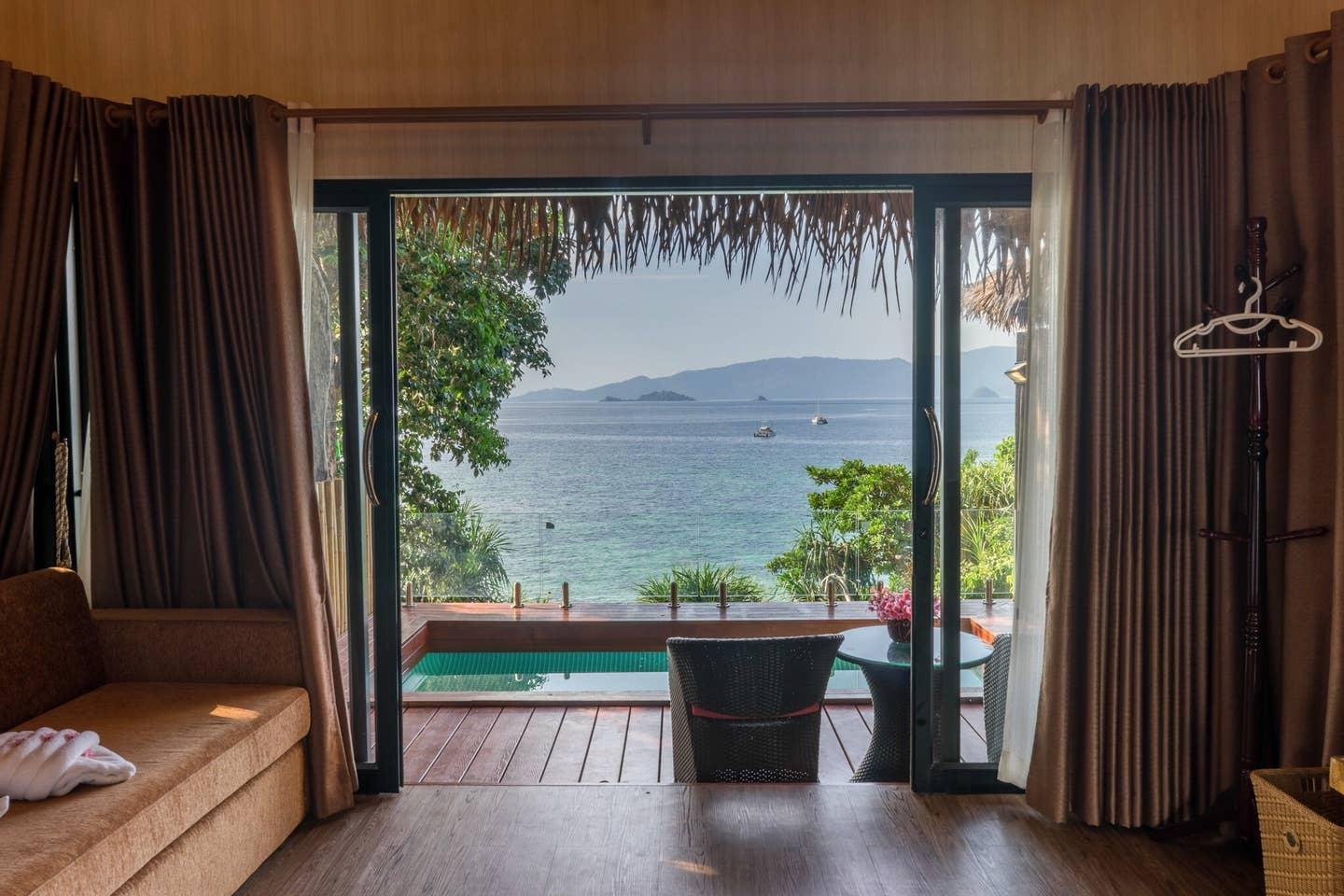 Private Pool Bungalow With Seaview On PrivateBeach
