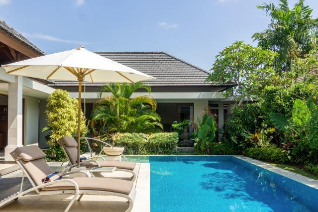 Luxury Beach Front Complex Private Pool And Gazebo