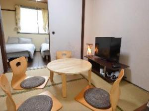 SG Japanese Style 2 Bedrooms Apartment near Umeda 2