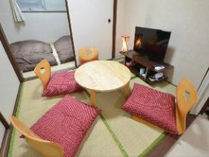 SG Japanese Style 2 Bedrooms Apartmant near Umeda 1