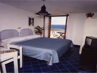 Hotel Baia Di Puolo