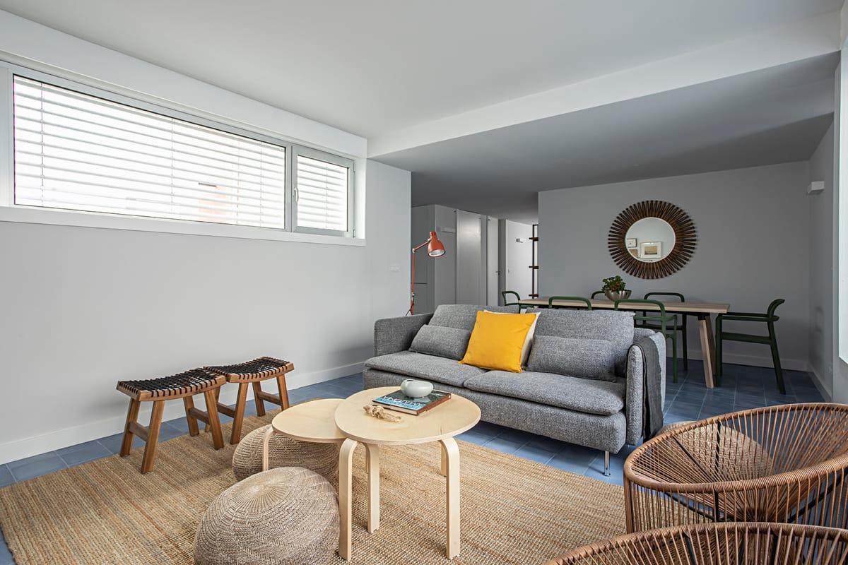 3BDR Blue Tile Design Apartment In Bairro Alto
