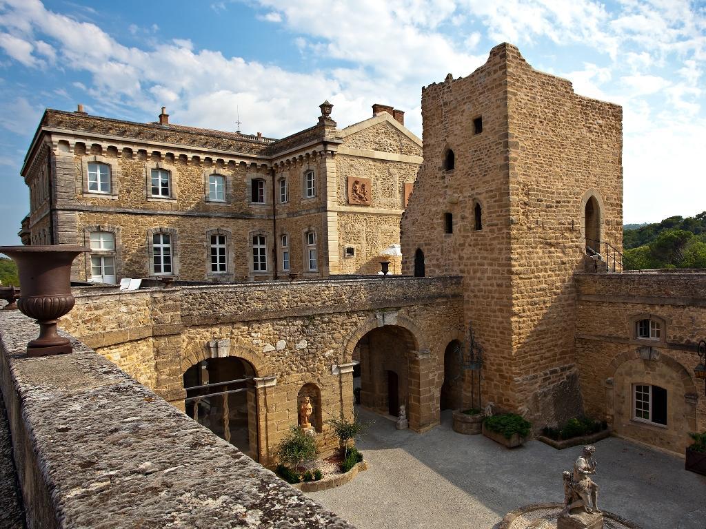 Hotel Chateau De Rochegude   Drome