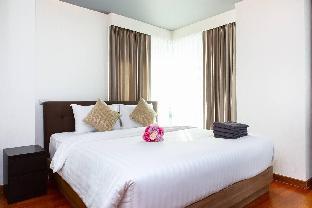[スクンビット]一軒家(150m2)| 2ベッドルーム/2バスルーム Breezy Suites Next to St. Food& Night Life 4-6pax