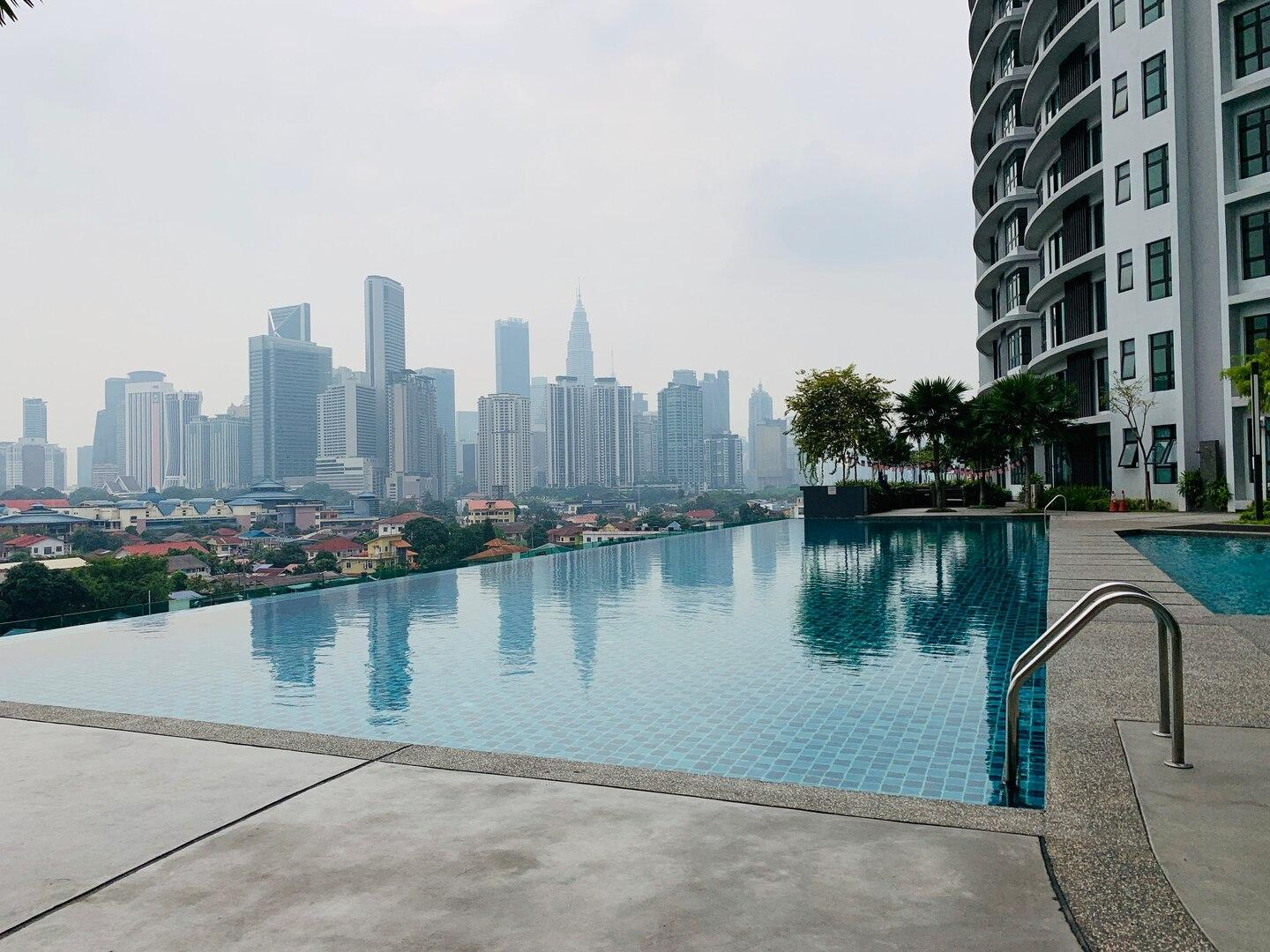 HB7  Perfect 3 Bedrooms For Family Of 6 Near KLCC
