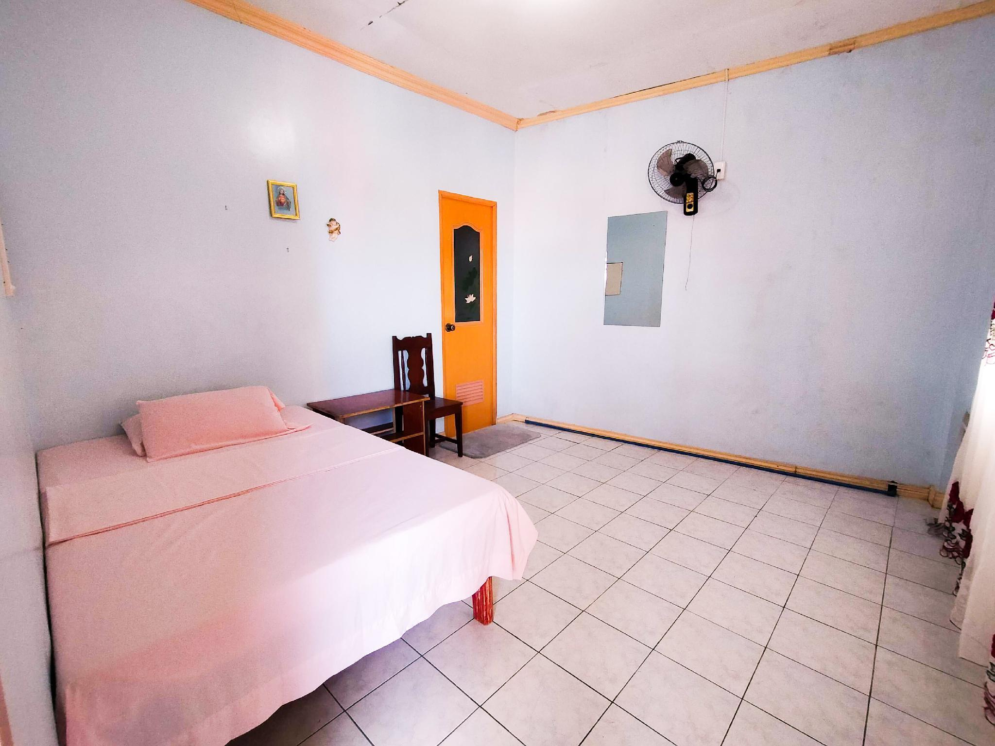 ROOM4 12 HOURS ROOM STAY IN KALIBO