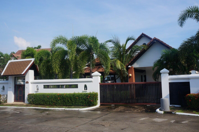4 bd in Pattaya city gated village บ้านเดี่ยว 4 ห้องนอน 4 ห้องน้ำส่วนตัว ขนาด 80 ตร.ม. – พัทยาใต้