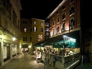 伯恩维奇亚提酒店 (Hotel Bonvecchiati)