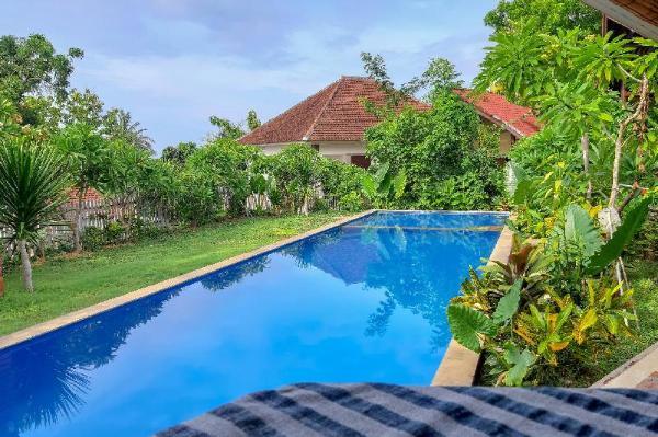 OYO 3070 Villa Lovina Eco Lodge Bali