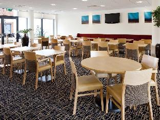 Фото отеля Holiday Inn Express Cheltenham Town Centre