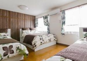 Super Spacious Family Apartment Shinsaibashi