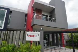 vacato house