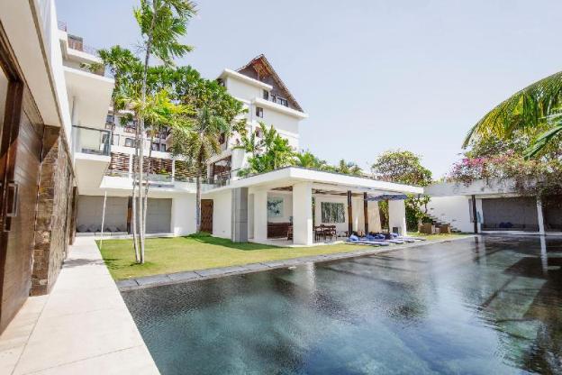 Villa Aqua 4 Bedroom