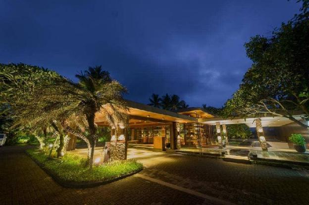 Hill View 1BR Villa with Private Pool + Breakfast