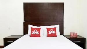 ZEN Rooms Kuningan Tiong