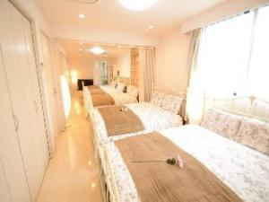 A6 5 Bedroom Apartment in Ueno Area