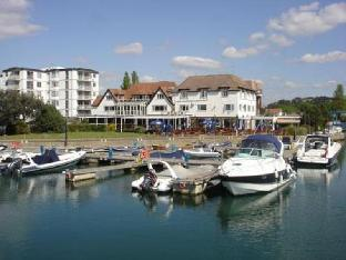 Фото отеля Salterns Harbourside Hotel