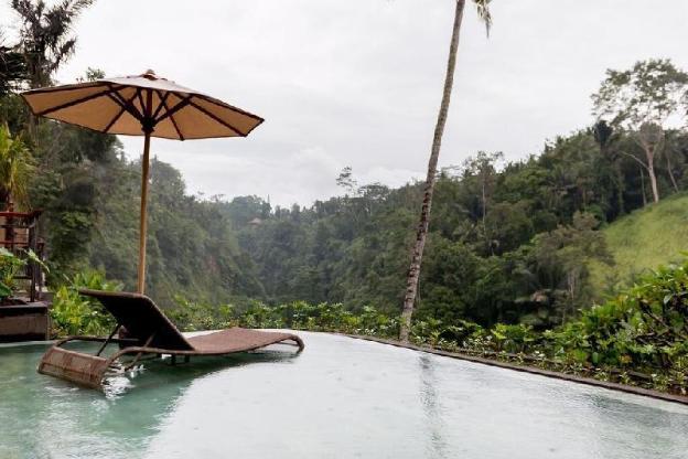 Honeymoon Villa 1BR with Flower Ubud