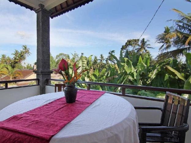 3BR Villa with Family