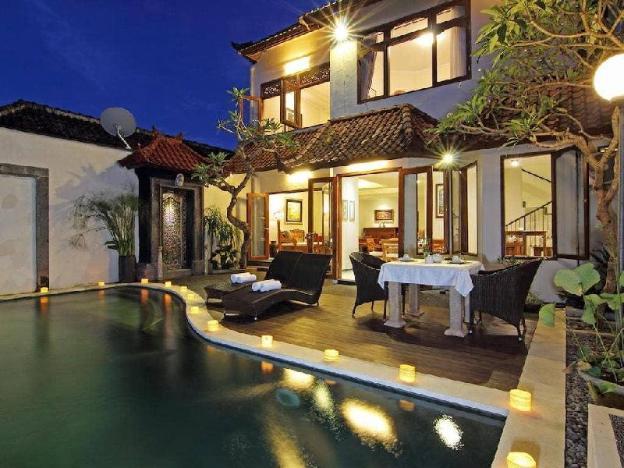 5BR Swim Pool Villa-Breakfast Jogja