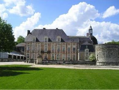 Le Chateau D'Etoges   Les Collectionneurs