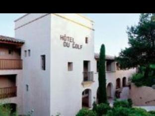 Pierre And Vacances Hotel Du Golf De Pont Royal En Provence