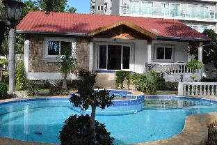 [プラタムナックヒル]一軒家(200m2)  3ベッドルーム/4バスルーム 3 Bd Pratamnak pool , beachfront
