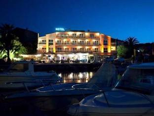 Le Golfe And Spa Bio Casanera Hotel