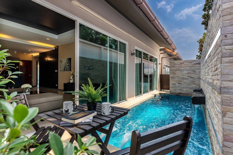 Private Pool Villa 3Bed2Bath @The Heart of Jomtien วิลลา 3 ห้องนอน 2 ห้องน้ำส่วนตัว ขนาด 145 ตร.ม. – เขาตาโล