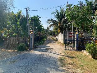OYO 749 Baan Suan Resort โอโย 749 บ้านสวน รีสอร์ต