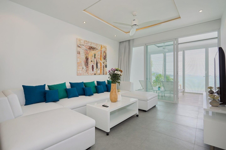 Luxury Sea View Apartment B uniQue Residences อพาร์ตเมนต์ 2 ห้องนอน 2 ห้องน้ำส่วนตัว ขนาด 60 ตร.ม. – เชิงมน
