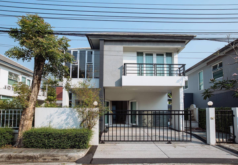 Brand new 3BR house in Bangkok, Ladpraw, Wifi บ้านเดี่ยว 3 ห้องนอน 3 ห้องน้ำส่วนตัว ขนาด 120 ตร.ม. – สนามบินนานาชาติดอนเมือง