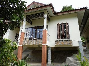 [カタ]一軒家(50m2)  2ベッドルーム/1バスルーム 2 bedroom house inside garden