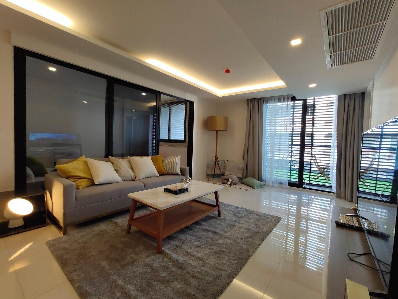 Bangkok&Pool&BTS Asoke&MRT Sukhumvit&Max7ppl อพาร์ตเมนต์ 2 ห้องนอน 2 ห้องน้ำส่วนตัว ขนาด 100 ตร.ม. – สุขุมวิท
