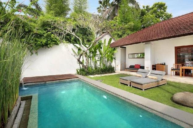 1BR Villa + Private Pool close to Seminyak Mall